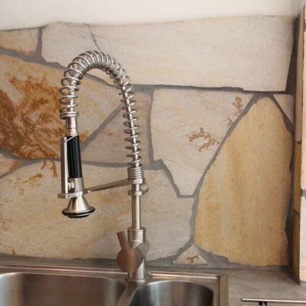 Achterwand in de keuken met Flagstones - Natuursteen.