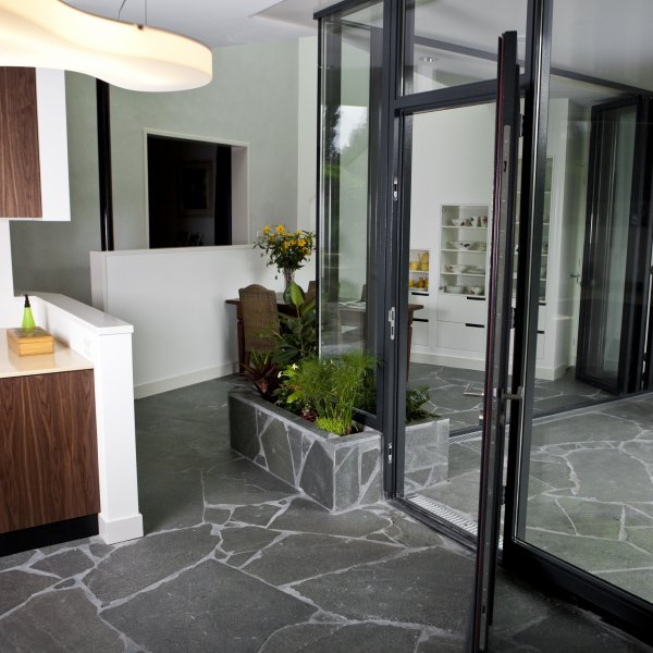 Flagstones Alta Kwartsiet - grijs voor binnen en buiten.