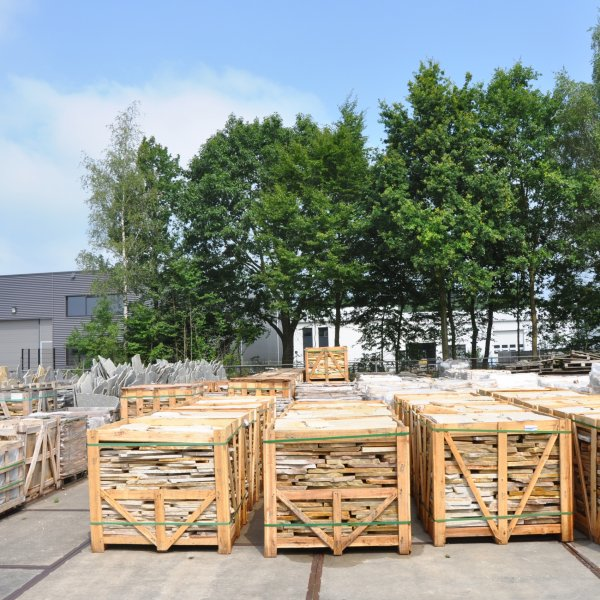 Flagstones Brasil Yellow dikformaat huidige levering