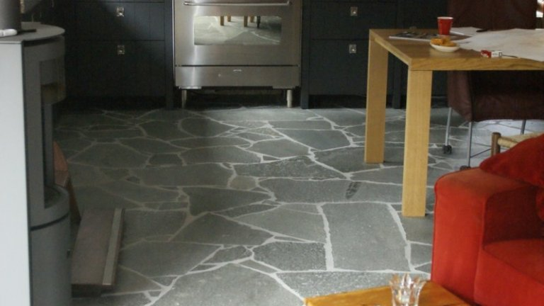 Flagstones in de keuken!