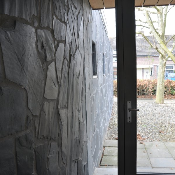 Flagstone doorkijk van binnen naar buiten.