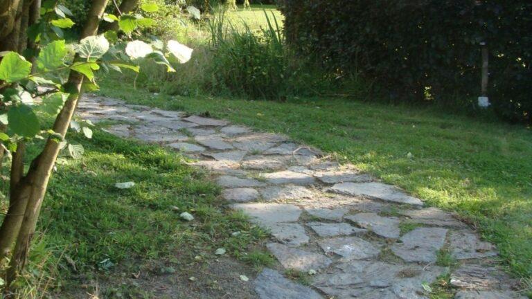Flagstone pad losse Natuurstenen.