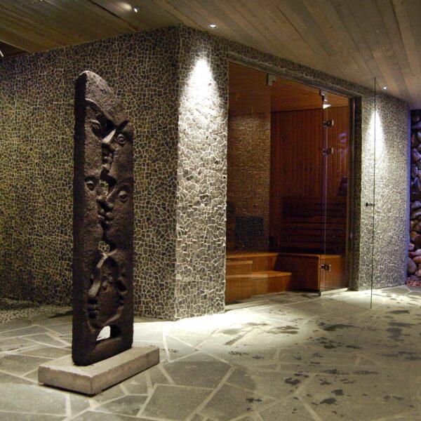 Flagstones bezaagd sauna.