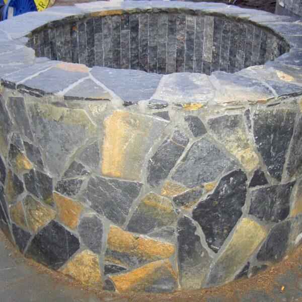 Pebbles Blauw Flagstones toegepast bij de Sauna in Tilburg.