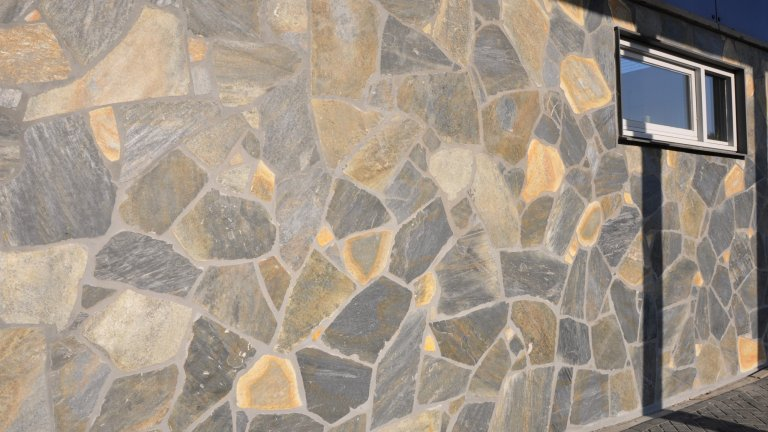 Flagstones Blue Plakes - The Flagstone Company.