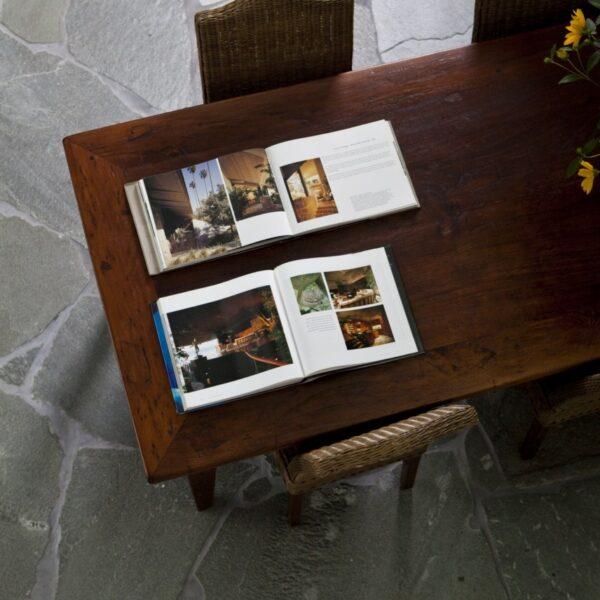 De vloer van de eethoek is ook voorzien van Alta Kwartsiet Flagstones