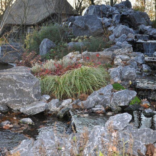Flagstones - waterval vijver.