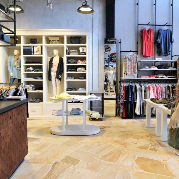 Natuurstenen vloer winkel