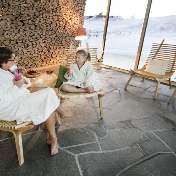 Natuurlijke vloer sauna - wellness.