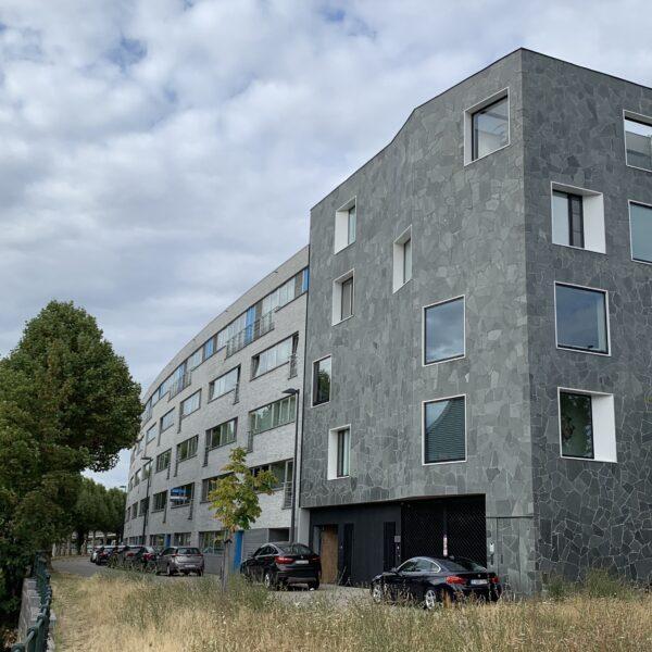 Flagstones grijs appartementen complex