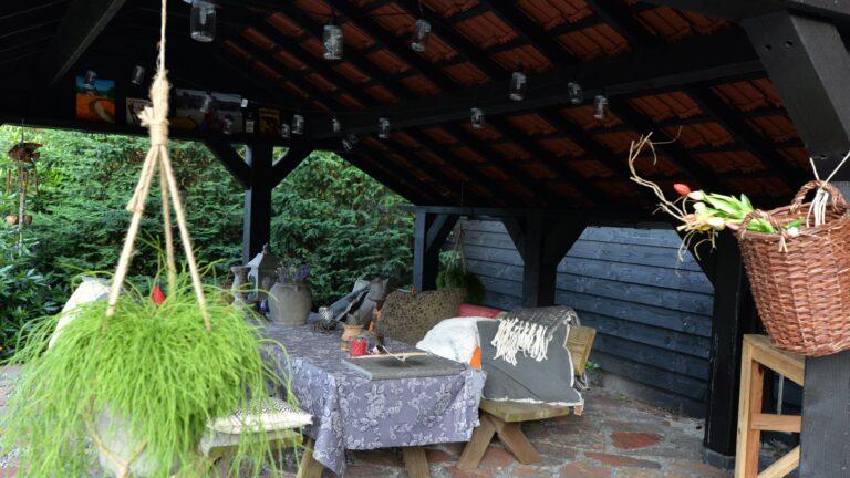 Flagstones buiten in de tuin