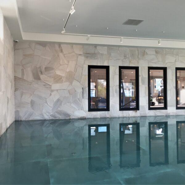 Flagstones bij Hotel Van der Valk - zwembad