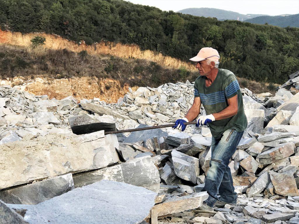 Flagstones vanuit de groeve