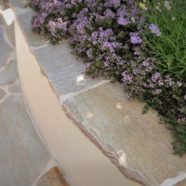 Meditrerrane tuin met Flagstones.