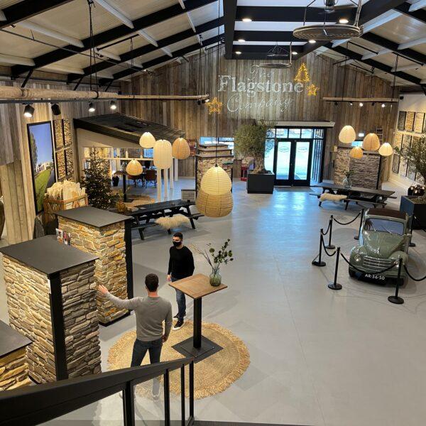 De vernieuwde showroom met Steenstrips - The Flagstone Company
