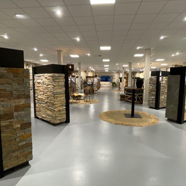 Verschillende soorten Steenstrips in de Showroom
